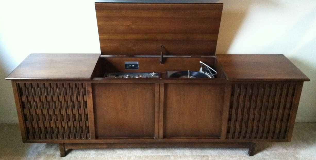 Vintage cabinet record player repair : Winnipeg